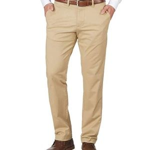 Tommy Hilfiger Tailored Fit Chino Pants 32-38 NWOT